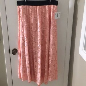 Floral Lace lularoe Lucy skirt size 2X, NWT!